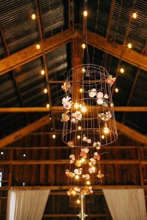 barn_wedding_lights_67