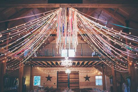 barn_wedding_lights_68