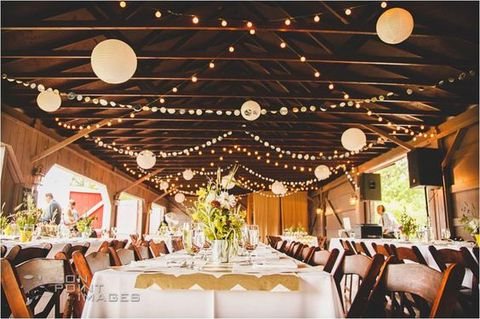 barn_wedding_lights_74