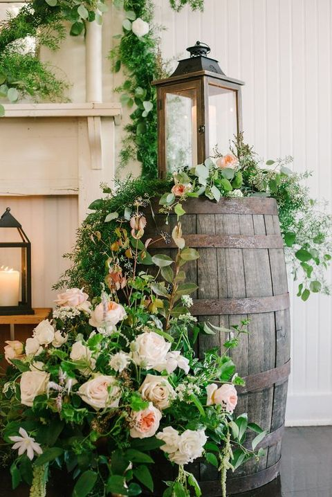 How To Use Barrels At Your Wedding: 53 Ideas