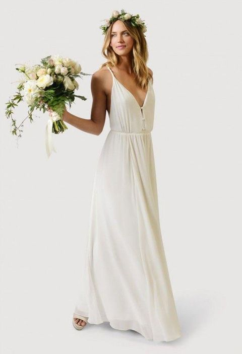30 casual wedding dresses for effortlessly chic brides for Wedding dress for casual wedding