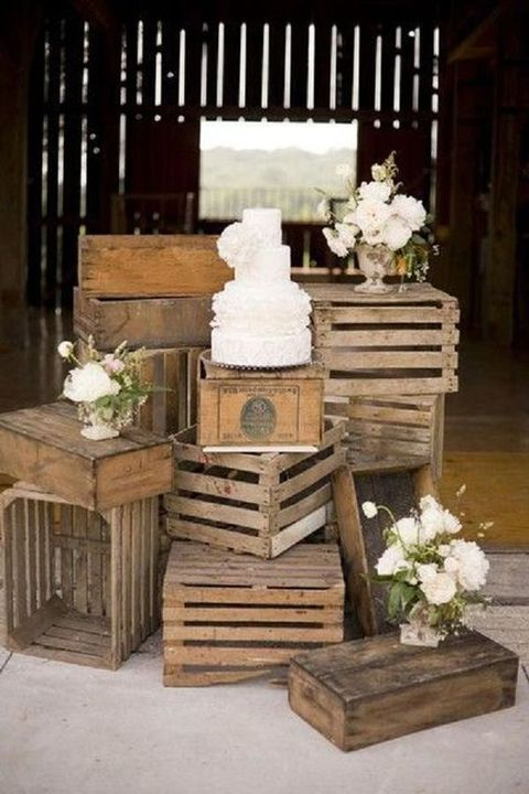 40 Cozy Pallet Wedding Decor Ideas