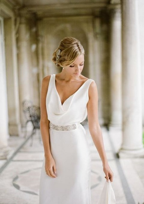 30 Beautiful And Flowing Silk Wedding Dresses