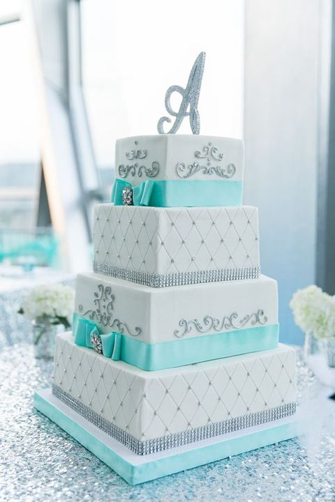 53 square wedding cakes that wow happywedd by mia junglespirit Gallery
