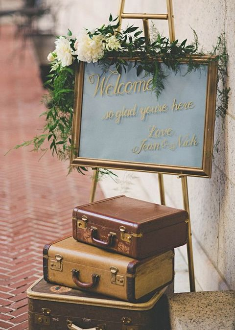 70 Travel-Themed Wedding Ideas That Inspire | HappyWedd.com