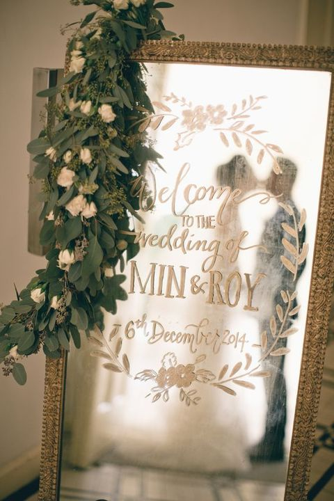 38 Beautiful Ways To Use Mirrors For Wedding Decor