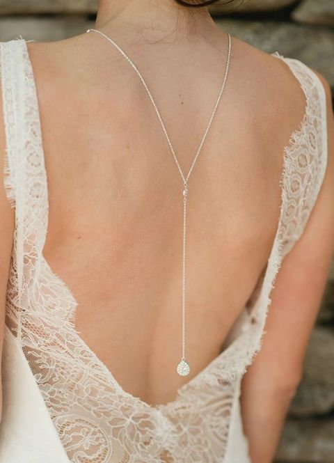 back_necklace_15