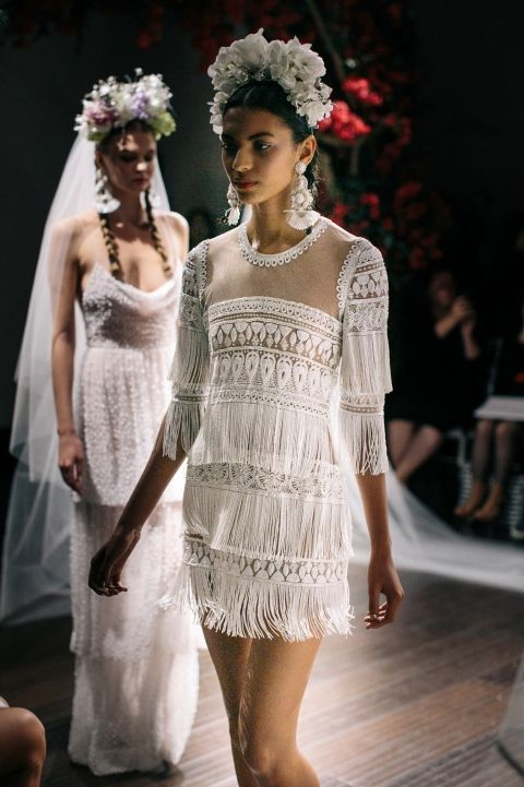 fringe_wedding_dress_03