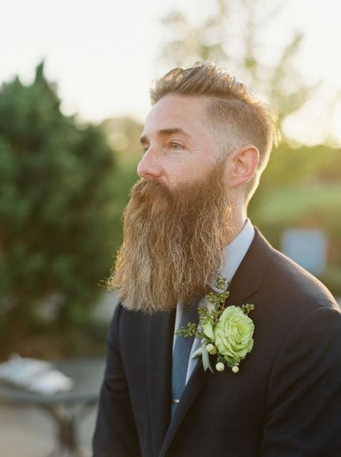grooms_with_beards_17