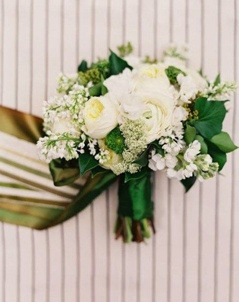 43 Timelessly Elegant White Wedding Bouquets
