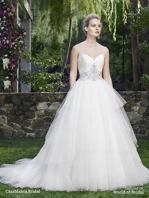 fall_2016_wedding_dress_05