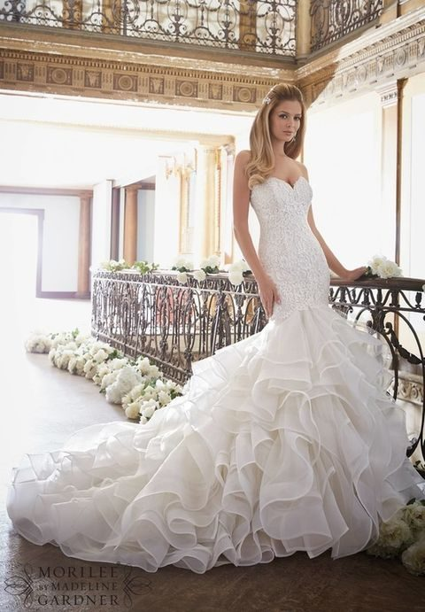 fall_2016_wedding_dress_21