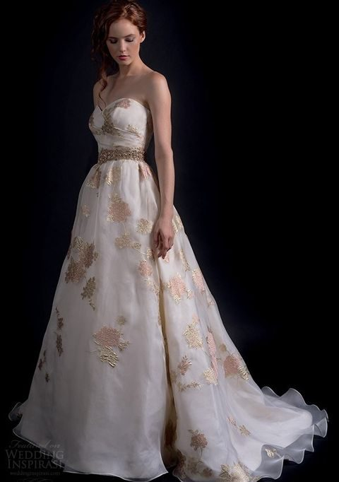 fall_2016_wedding_dress_55