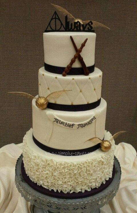 geek_wedding_cake_toppers_01