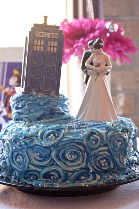 geek_wedding_cake_toppers_02