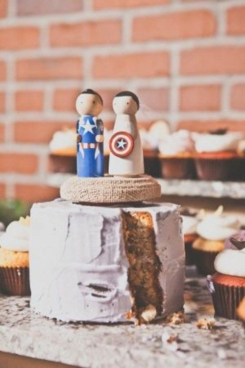 geek_wedding_cake_toppers_31