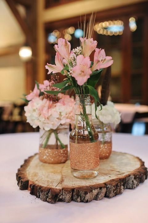 Decorate your wedding with wood slices happywedd