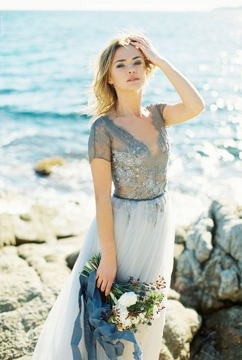 39 Breathtaking Coastal Bridal Looks