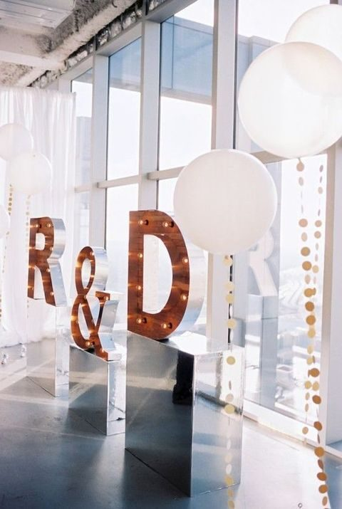 modern wedding decor. by Chloe 42 Chic Modern Wedding Decor Ideas  HappyWedd com