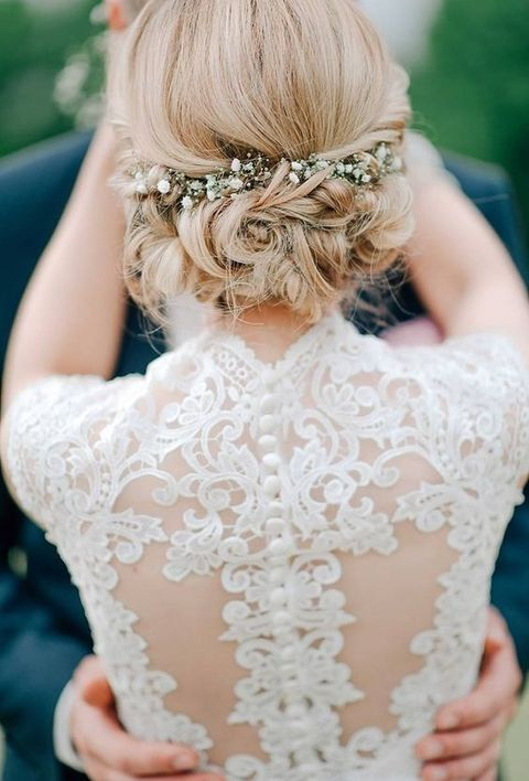 Winter Wedding Hair Guide 48 Tips And Examples