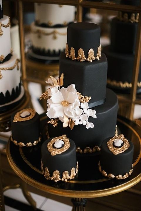 black_gold_and_white_38