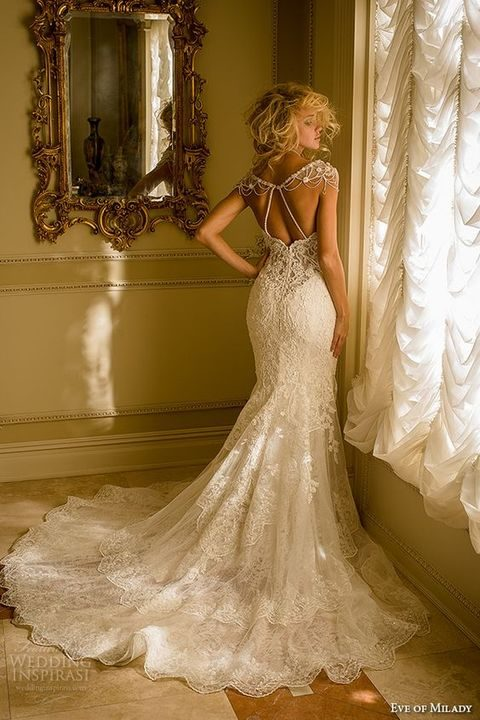 cap sleeves sweetheart neckline lace embroidered mermaid wedding dress