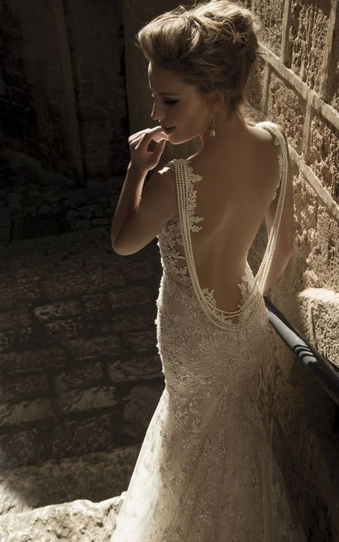 open back lace wedding dress with a back necklace