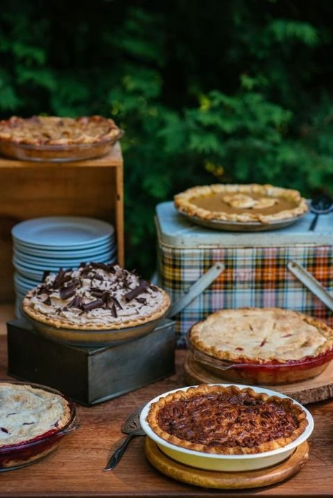 pie bar decorated in rustic style