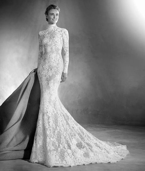 all-lace wedding dress with long sleeves