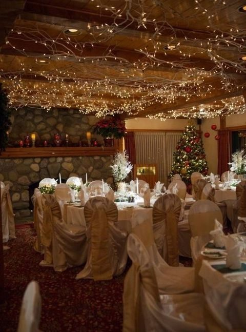 ceiling lights will set up a cozy mood at the reception