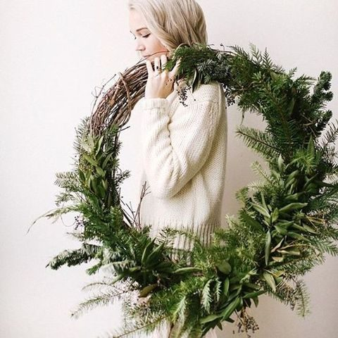 evergreen and vine wreath for wedidng decor
