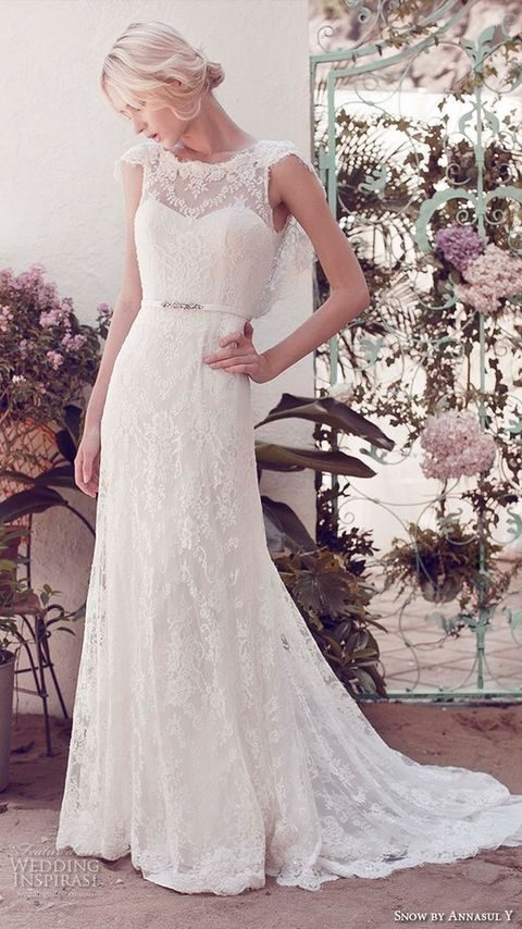 lace sweetheart bateau neckline dress with cap sleeves