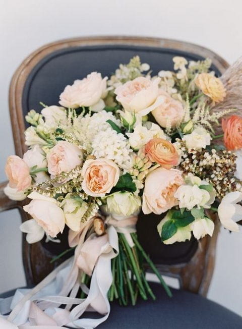 peach lush wedding bouquet
