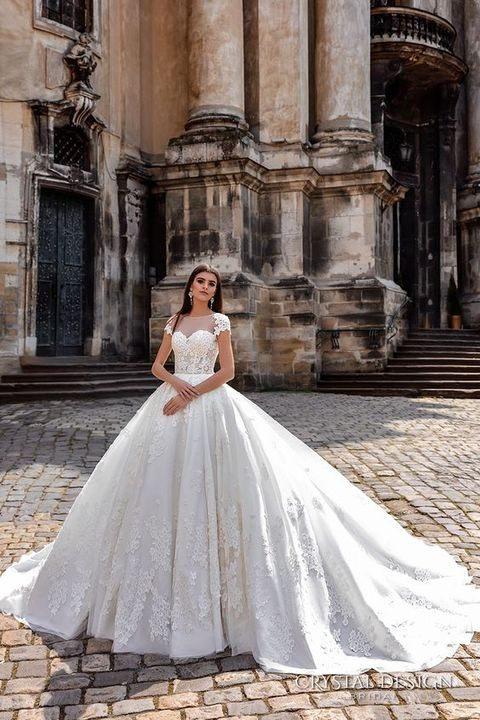 princess-styled dress with cap sleeves and lace appliques