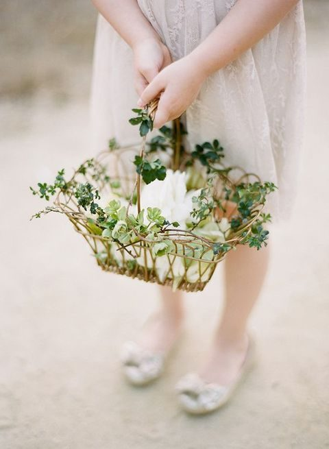 How To Make A Flower Basket For A Flower Girl : Cutest flower girl baskets happywedd