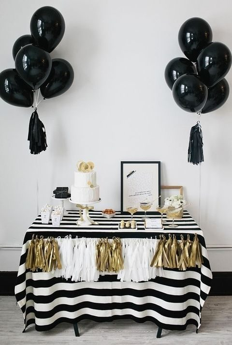 black, white and gold is a classic color scheme for such a shower