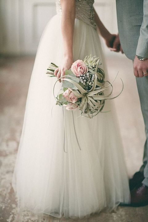 grey airplants and dusty pink rose bouquet