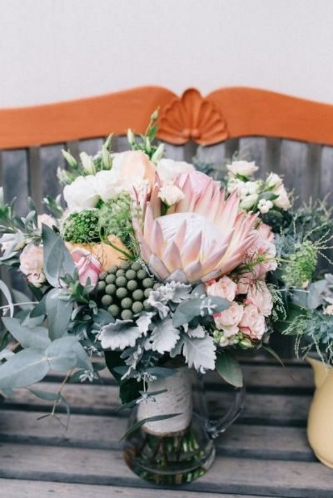 grey and dusty pink textural wedding bouquet