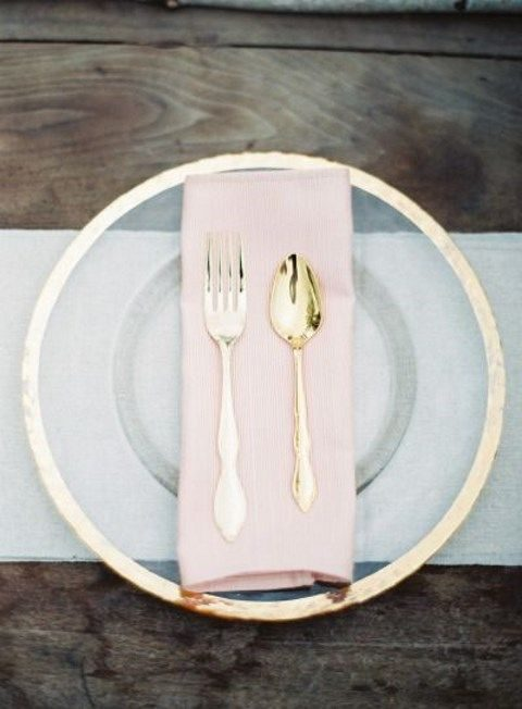 grey, pink and gold place setting for a modern wedding