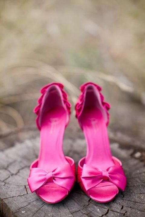 ht pink bow heels with ruffles