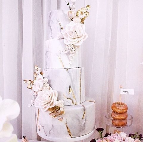 marble wedding cake with flowers