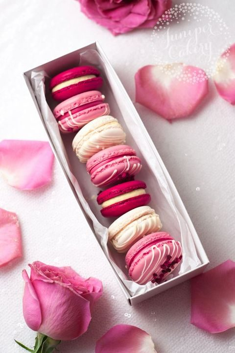pink and ivory macarons for favors and as desserts