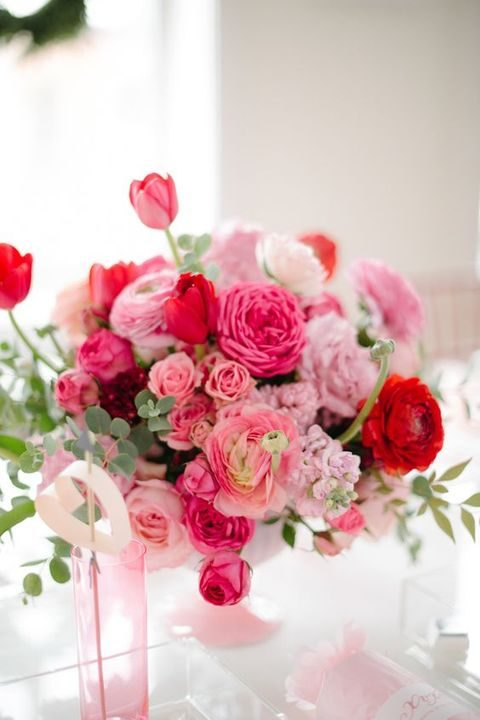 pink, fuchsia and red flowers look bold and chic