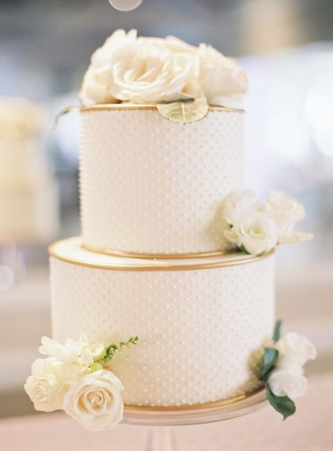 textural ivory cake with fresh flowers