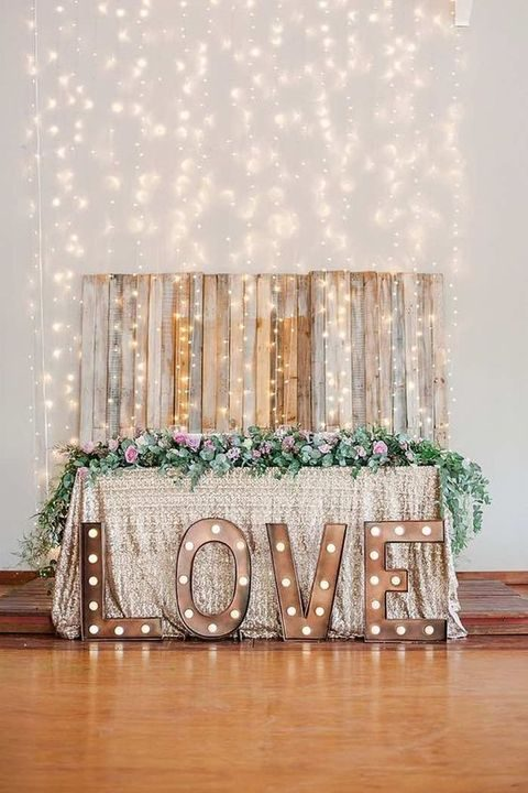 vintage marquee LOVE letters for the sweetheart table