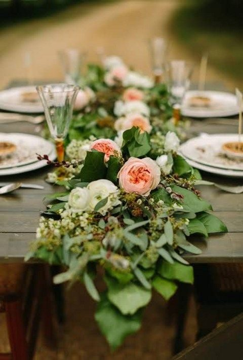 leaf and peach-colored flower table runner
