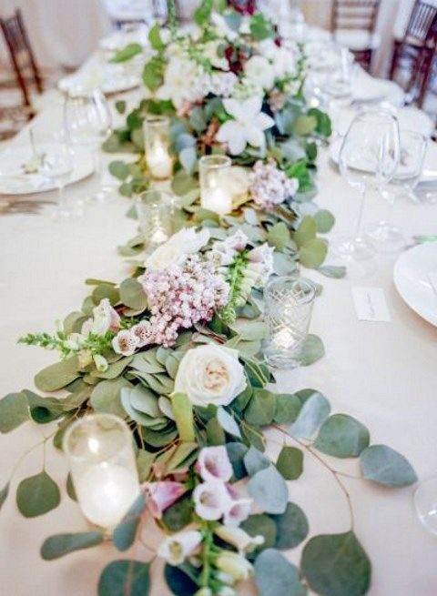 leafy and dusty pink flowers for a fresh table runner