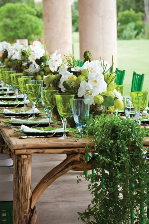 lime and emerald wedidng reception decor