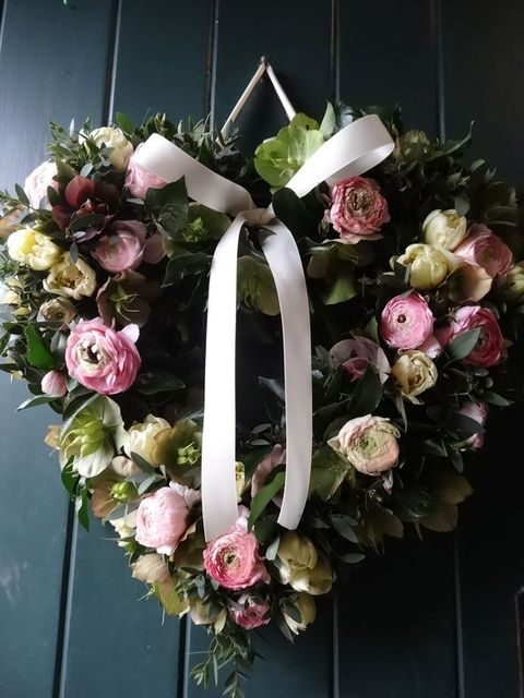 pink and ivory flower wreath