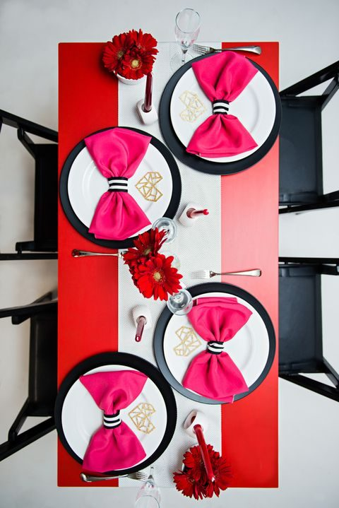 red, pink and black table decor